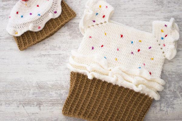 Cupcake crochet hat and dress free pattern